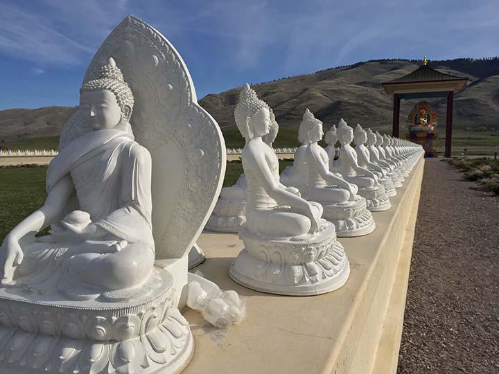Garden of 1000 Buddhas (4)